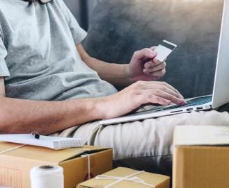 Entenda como funciona o cartão de crédito recorrente