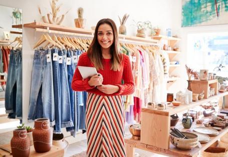 Dicas e tendências para abrir uma loja de roupas em 2021